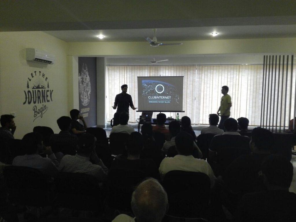 club-internet-freshstartpk-disruptpakistan-kickstart-demo-startup-presentation-demo