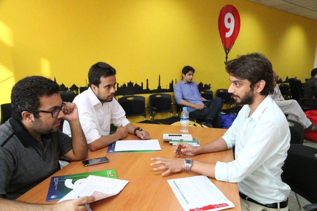 Consulting Qasim of CampusFeed