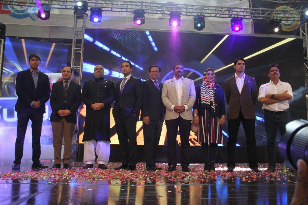 team-nabeel-qadeer-superior-university-expo-freshstartpk-onlinepr-startups