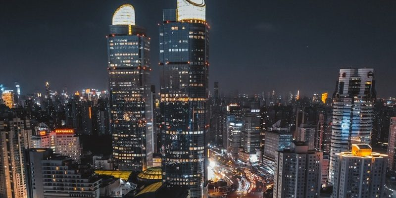 downtown-skyscrapers-freshstartpk-blockchain-buildings-apps-realatom
